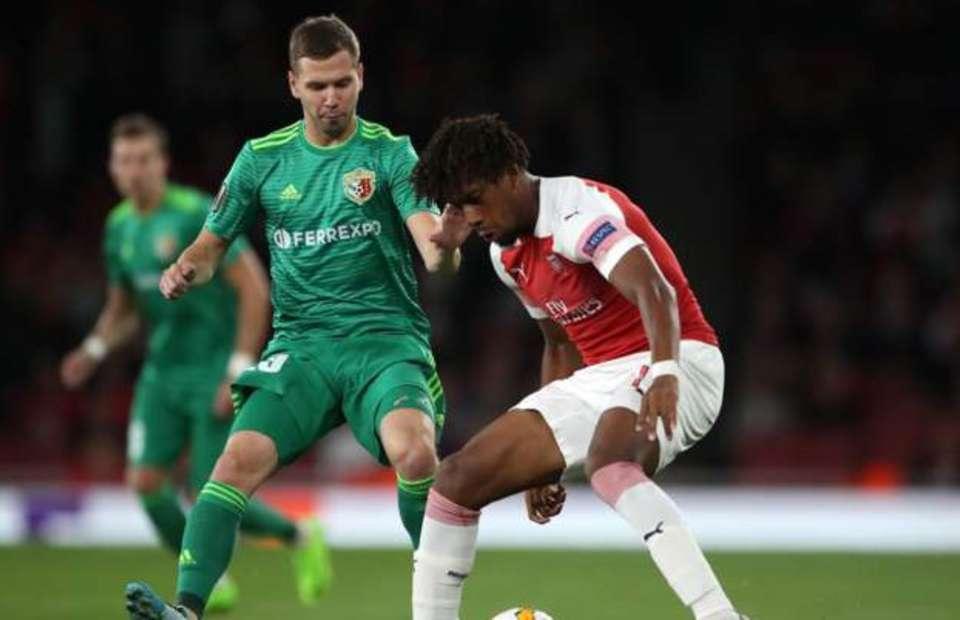 Fan Arsenal phát cuồng vì Iwobi - Bóng Đá