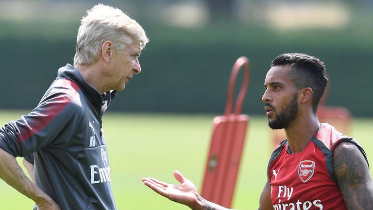 Walcott: Tôi mất tình yêu bóng đá tại Arsenal - Bóng Đá