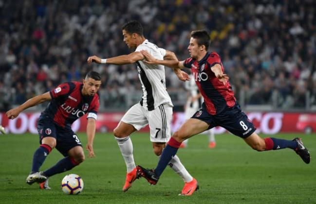 5 điểm nhấn Juventus 2-0 Bologna: Ngày Ronaldo bị lu mờ - Bóng Đá