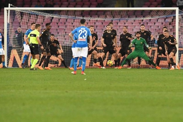 Alisson bày cách để Liverpool đập Napoli - Bóng Đá