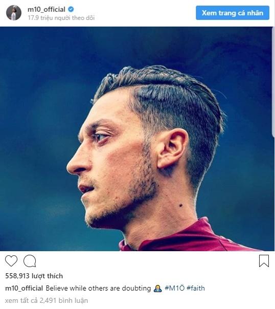 Ozil đăng Instagram phản bác chỉ trích - Bóng Đá