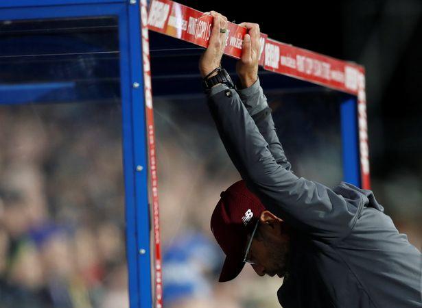 Shaqiri tiết lộ điều Klopp quát sau trận Huddersfield - Bóng Đá
