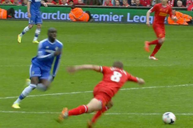 Gerrard chia sẻ về cú trượt chân trước Chelsea - Bóng Đá