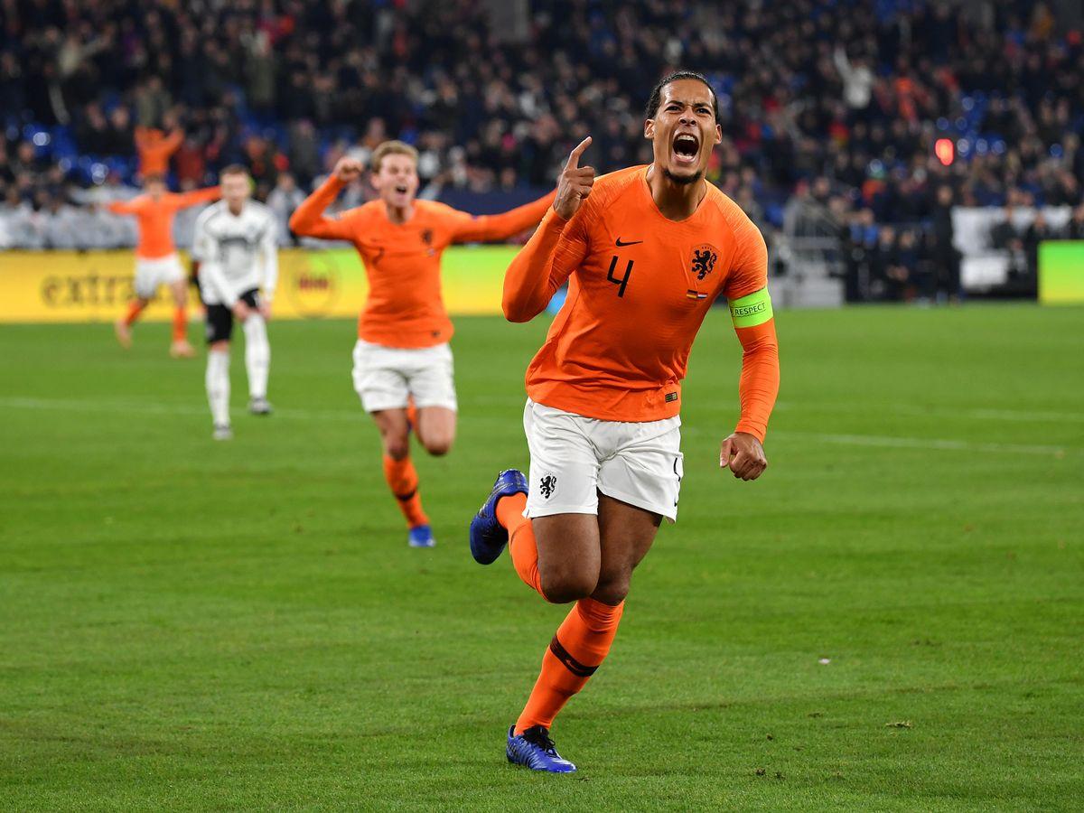 Koeman tiết lộ bài nói chuyện giữa trận giúp Hà Lan lật đổ Đức - Bóng Đá