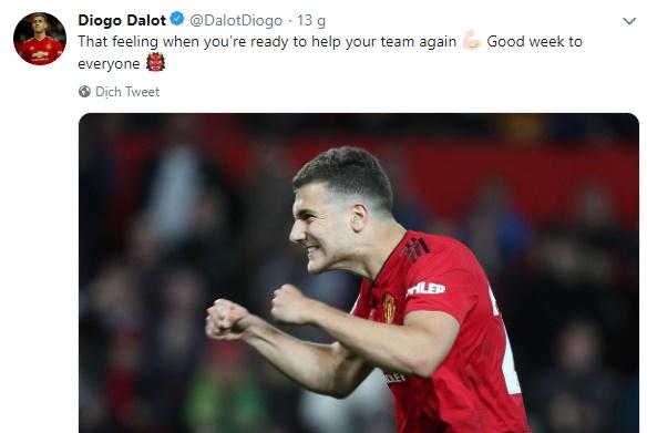 Dalot thông báo trở lại qua twitter - Bóng Đá