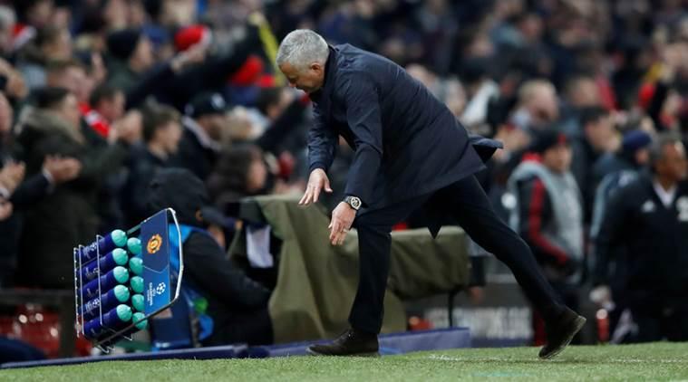 Mourinho không bị UEFA phạt - Bóng Đá