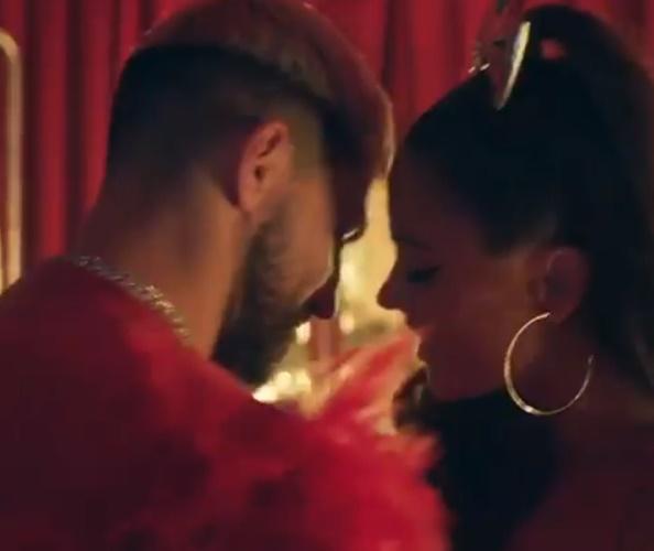 Aguero đóng video ca nhạc - Bóng Đá