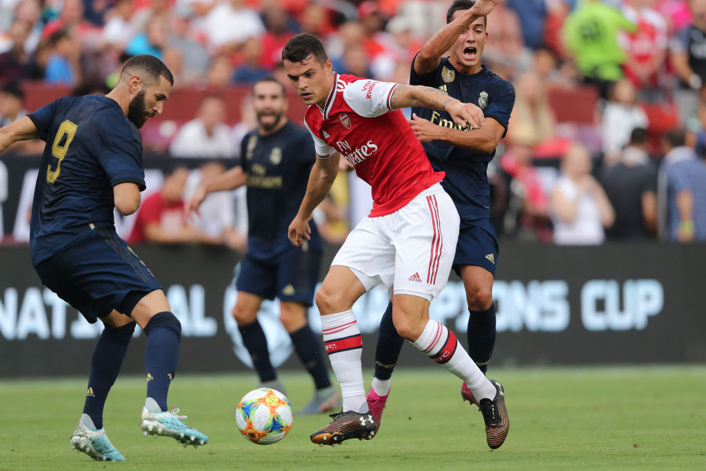 'Poor': Arsenal fans fuming at performance of Granit Xhaka in Real Madrid defeat - Bóng Đá