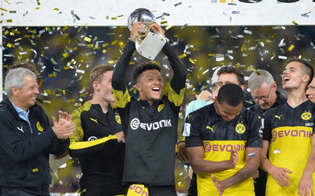 Jadon Sancho overcomes underhand tactics from Joshua Kimmich to deliver first blow of the season - Bóng Đá