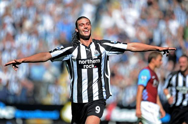 : Andy Carroll has joined boyhood club Newcastle United on a free transfer - Bóng Đá