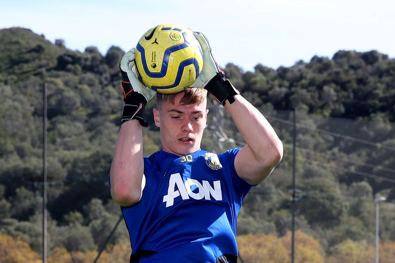 What Nathan Bishop has learned from David de Gea and Sergio Romero at Manchester United - Bóng Đá