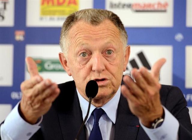 Lyon boss calls French League's halt to Ligue 1 'stupid' - Bóng Đá