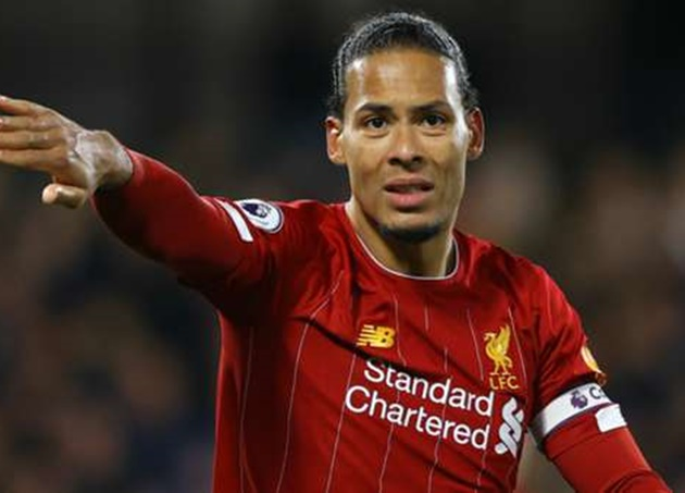 Toure identifies weakness in 'unbelievable' Liverpool defender Van Dijk - Bóng Đá