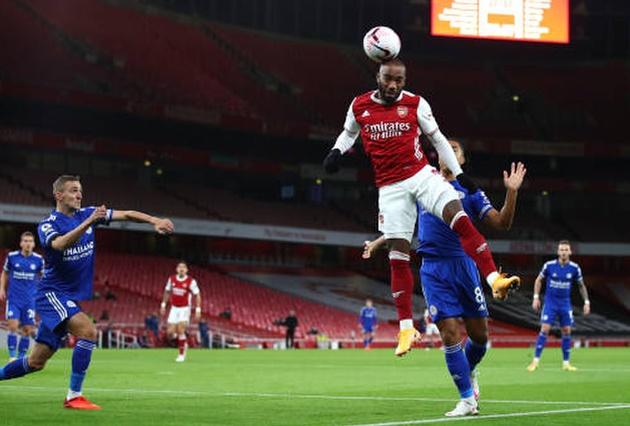 Mesut Ozil risks upsetting his teammates as he predicts the Arsenal vs Leicester scoreline    - Bóng Đá