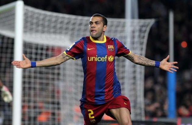 Dani Alves: I wanted Barcelona return but they didn't have the balls to admit they were wrong about me! - Bóng Đá