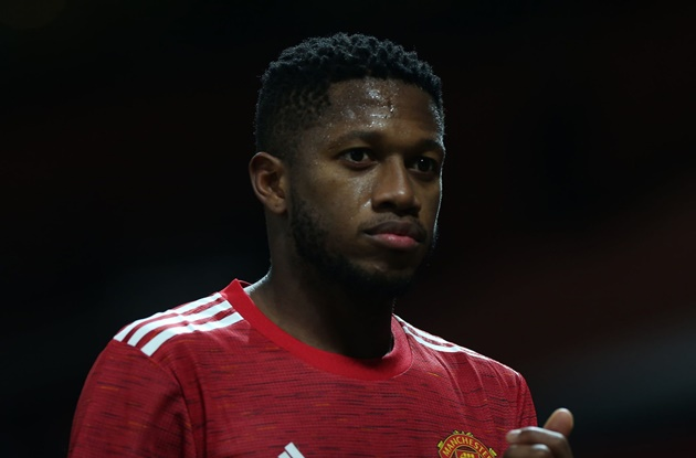 Fred told to 'stay quiet' by Paul Scholes after PSG incident - Bóng Đá