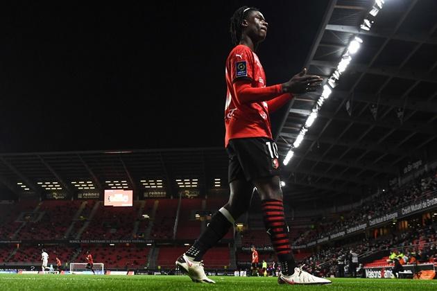 Camavinga has been signed up by Gareth Bale's agent - Bóng Đá