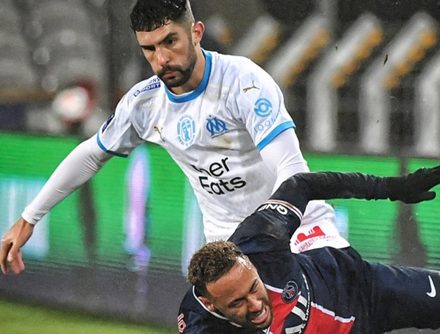 Neymar's feud with Alvaro Gonzalez reignited after PSG's victory over Marseille in the Trophee des Champions - Bóng Đá