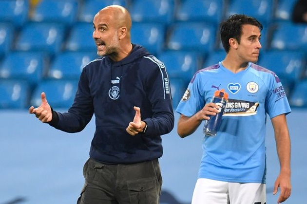Guardiola hopes Garcia stays with Man City after defender agrees terms with Barcelona - Bóng Đá