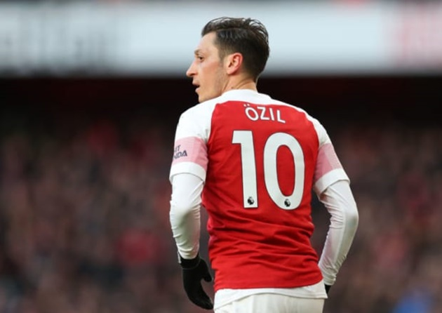 Mikel Arteta explains why Mesut Ozil's transfer to Fenerbahce hasn't been confirmed  - Bóng Đá