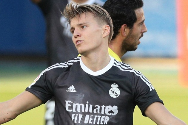 'Young players need to play' - Odegaard should consider Real Madrid exit, says Ceballos - Bóng Đá