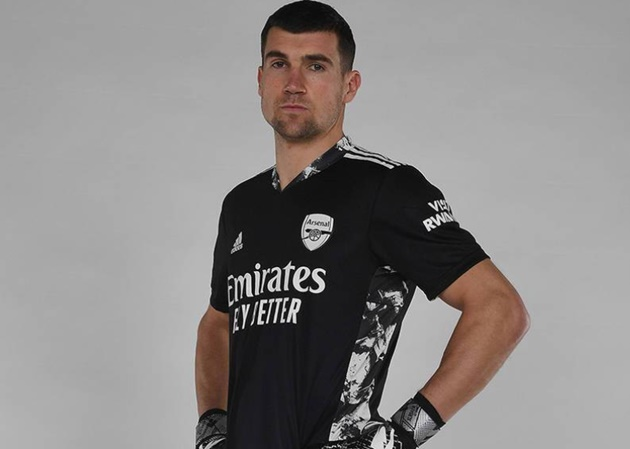 Matt Ryan joins Arsenal - Bóng Đá