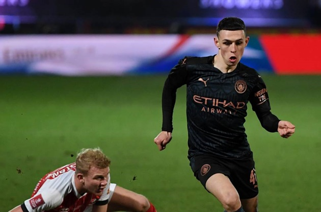 Phil Foden explains what he said to Alfie May after Cheltenham v Man City - Bóng Đá