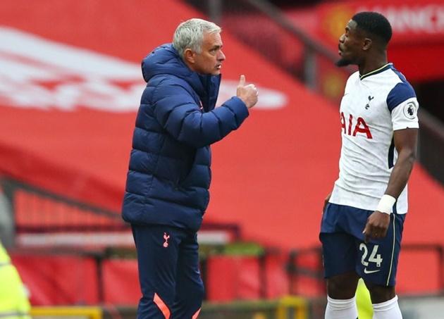 Mourinho said on leaving Serge Aurier out - Bóng Đá