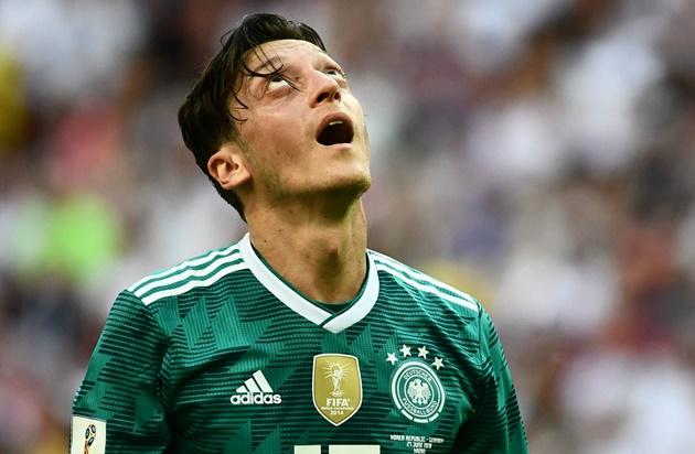 Kroos claims he was called a Nazi on social media for Ozil criticism - Bóng Đá