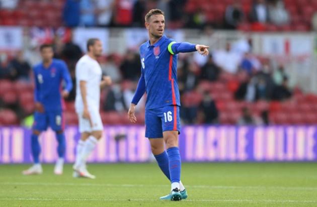 'I love having him here' – England star Kalvin Phillips hits back at Roy Keane over Jordan Henderson dig - Bóng Đá
