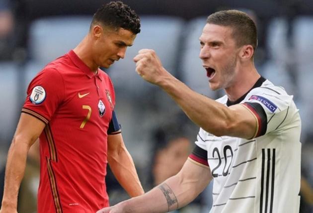 Robin Gosens declined Cristiano Ronaldo shirt-swap chance after Germany beat Portugal at Euro 2020 - Bóng Đá