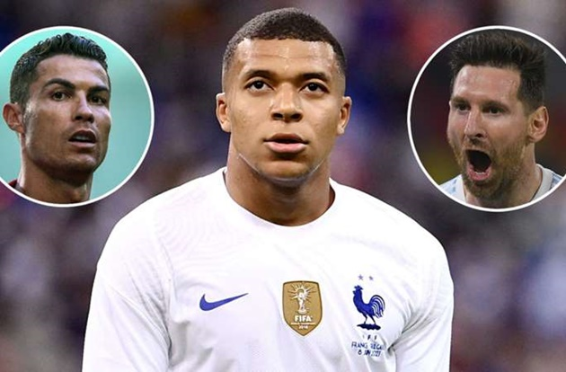 Paredes sees Mbappe being more Ronaldo than Messi as PSG midfielder discusses playing with superstars - Bóng Đá