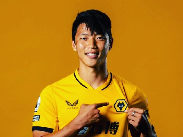 Hwang becomes latest Wolves new signing - Bóng Đá
