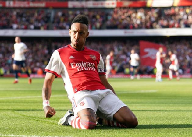 Arsenal hero Thierry Henry responds to Pierre-Emerick Aubameyang copying his celebration - Bóng Đá