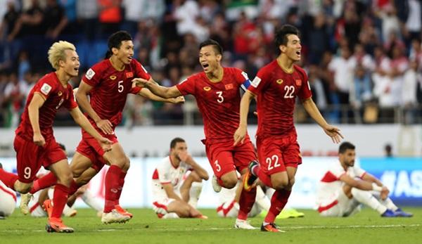 Trợ lý nói 7 thứ tiếng của ông Park và chuyện cây đèn thần ở Asian Cup - Bóng Đá