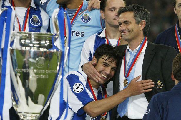 Paulo-Ferreira-hugs-Jose-