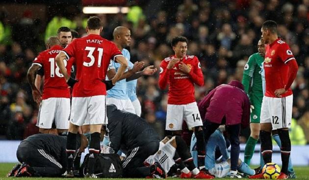 TRỰC TIẾP Man Utd 0-0 Man City: Rojo đổ máu (H1) - Bóng Đá