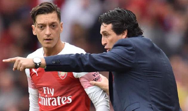 Premier League coi chừng, Emery đang luyện Ozil tuyệt chiêu mới - Bóng Đá