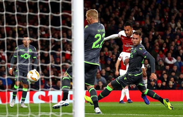 5 điểm nhấn Arsenal 0-0 Sporting Lisbon: Welbeck dính chấn thương kinh hoàng, Chuỗi bất bại lại kéo dài - Bóng Đá