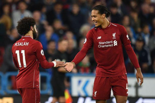 3 trung vệ chơi chân tốt nhất Premier League hiện nay: