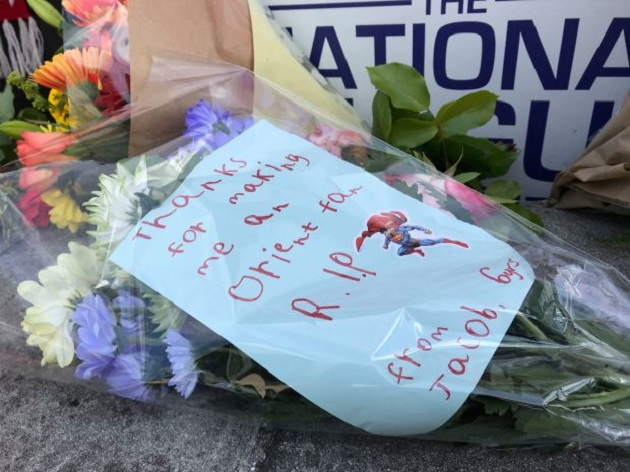 Cả nước Anh khóc thương cho HLV xấu số Justin Edinburgh - Bóng Đá