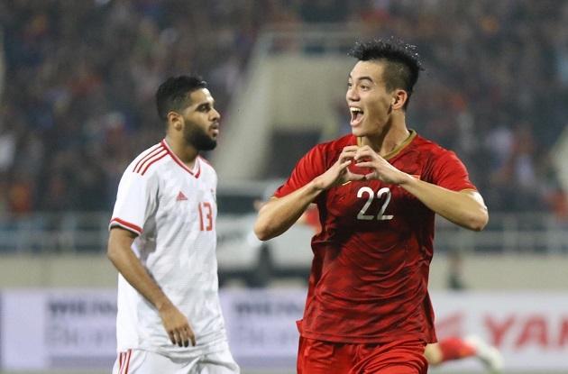 Đấu UAE, ông Park sẽ dùng sơ đồ nào, 3-5-2 hay 3-4-3? - Bóng Đá