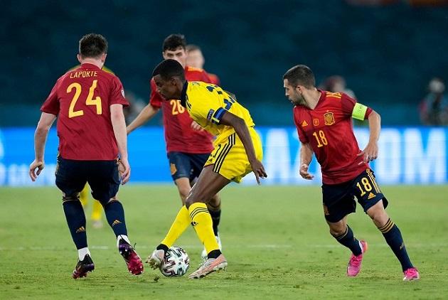 Đánh giá 2 mục tiêu của Arsenal: Dominic Calvert-Lewin vs Alexander Isak - Bóng Đá