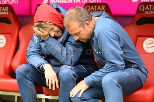 Hansi Flick reveals why Javi Martinez was upset during Bayern's loss to Hoffenheim - Bóng Đá