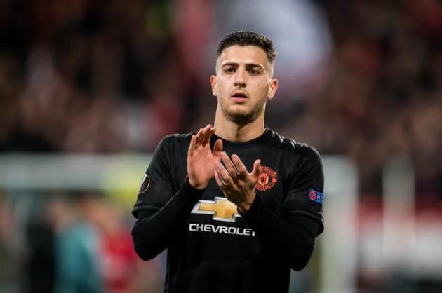 Everton want to buy Dalot for 10m - Bóng Đá