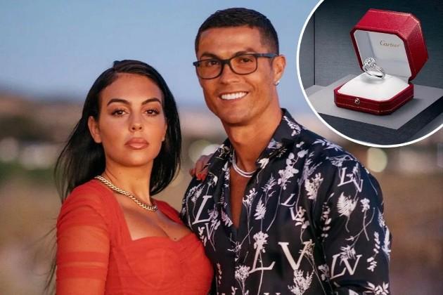 Ronaldo gave Georgina Rodriguez the most expensive sparkler among footballers - Bóng Đá