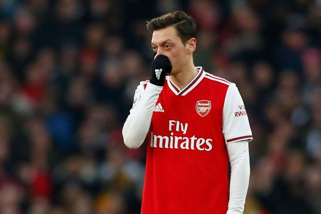 Mikel Arteta responds to Arsene Wenger claiming Mesut Ozil is 'wasted' at Arsenal   Read more: https://metro.co.uk/2020/10/15/mikel-arteta-arsene-wenger-mesut-ozil-wasted-arsenal-13427139/?ito=cbshare  Twitter: https://twitter.com/MetroUK   Facebook: https://www.facebook.com/MetroUK/ - Bóng Đá