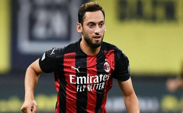 Từ chối Juventus, sao AC Milan thẳng tiến đến Man Utd - Bóng Đá