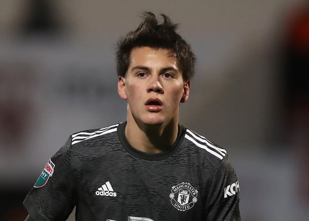 Manchester United open to Facundo Pellistri loan   Read more: https://metro.co.uk/2021/01/20/man-utd-make-decision-over-facundo-pellistri-loan-in-january-transfer-window-13935015/?ito=newsnow-feed?ito=cbshare  Twitter: https://twitter.com/MetroUK | Facebook: https://www.facebook.com/MetroUK/ - Bóng Đá