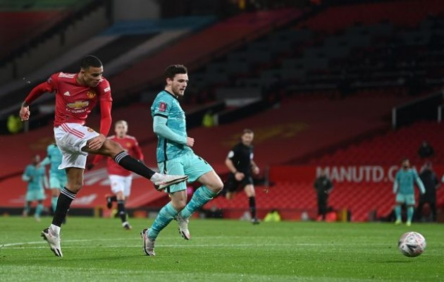 """Lucky88 tổng hợp: Old Trafford chứng kiến 2 """"người tàng hình"""" trong trận Man Utd 3-2 Liverpool"""